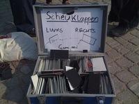 demo-zensur-berlin-2009-04-17-scheuklappen.jpg